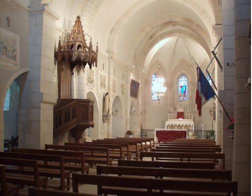 Eglise St Suplice interior